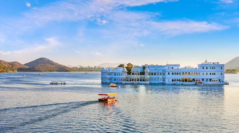 India_Lake Pichola